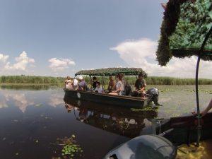 motorcsónakkal a Tisza-tavon